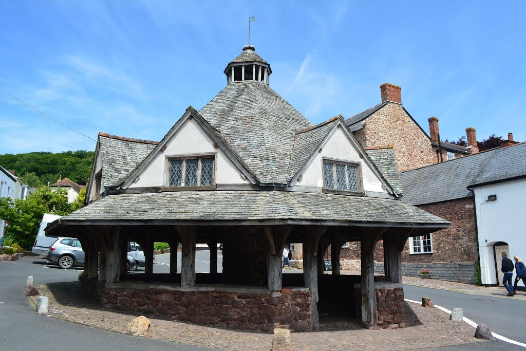 Dunster Things to Do - Yarn Market
