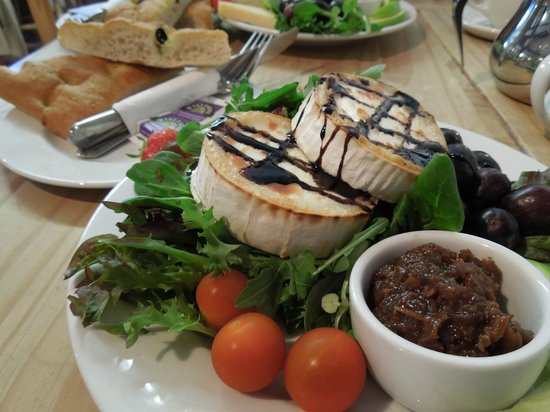 Dunster Things to Do - cafes and tea rooms