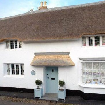 Stunning Cottage with Hot Tub | Minehead | Sleeps 8